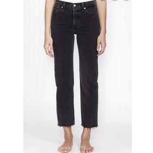 Levis Black Wedgie Straight Leg Mom Jeans size 28